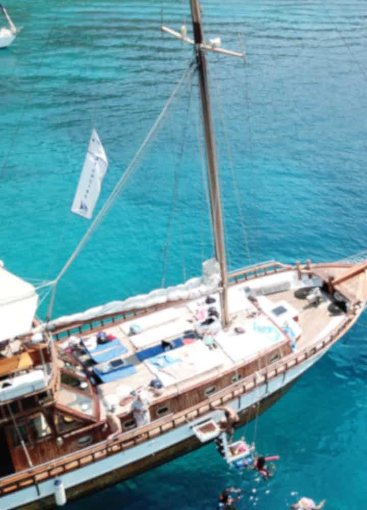 Sailboat Tours