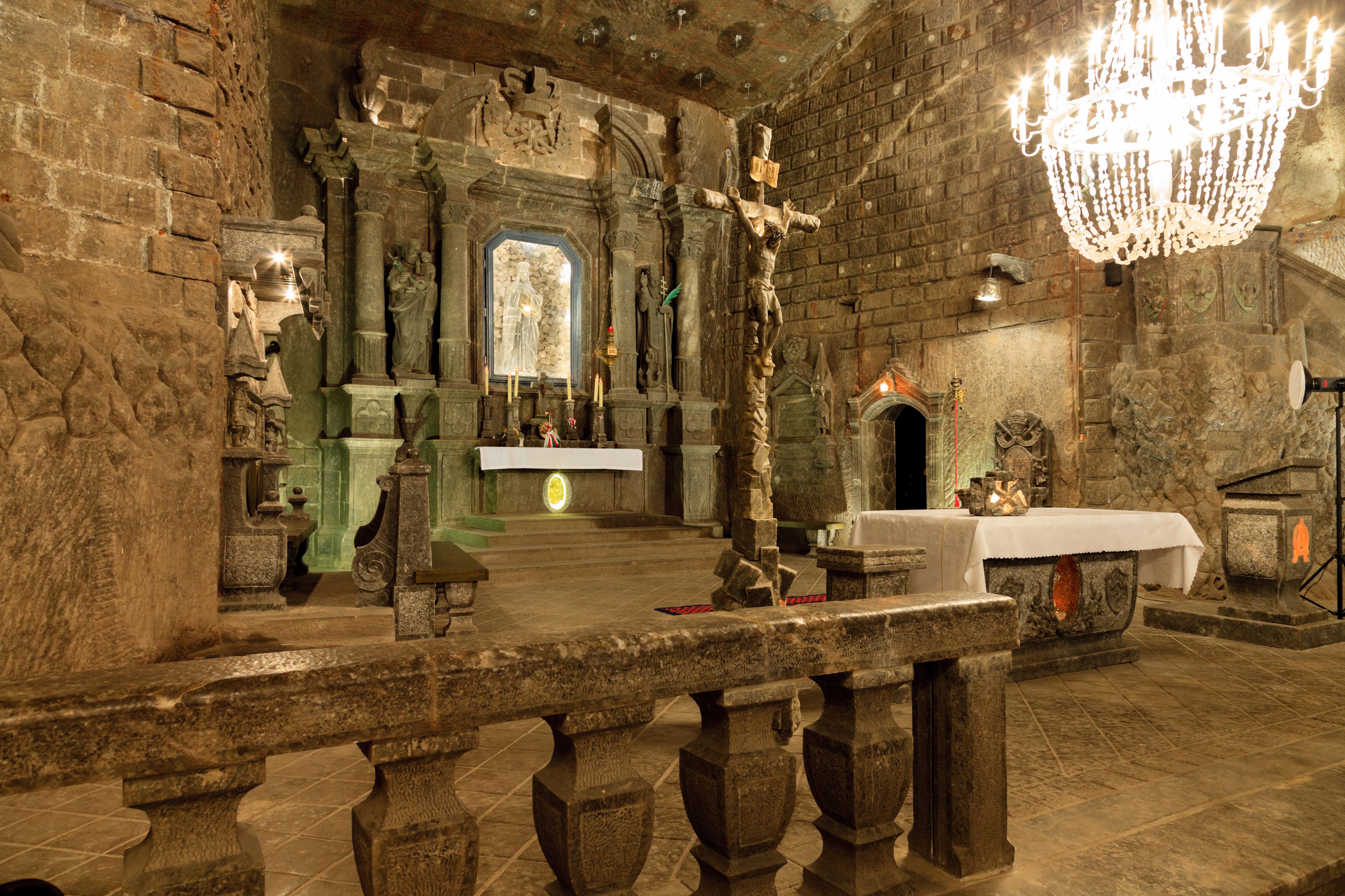 Krakow: Wieliczka Salt Mine Guided Tour